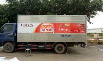 In và dán decal xe tải